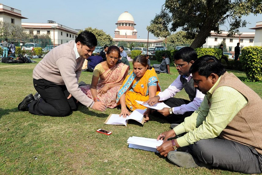essay on chit fund scam Using examples one of most  perhaps the most annoying moments in the news hour are the little moments of conviviality and chit-chat  try printing the essay and .