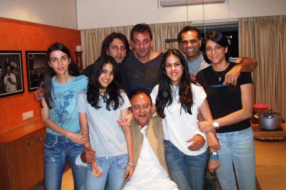 pics for gt first wife of sanjay dutt richa sharma