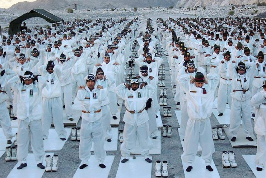 siachen glacier essay Essay # 1 meaning of glaciers: the moving ice mass downslope under the impact of gravity is called glacier about 10 per cent of earth's surface is now covered by glaciers.
