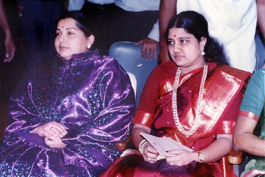 Image result for lesbian touches with J.Jayalalitha and sasikala\