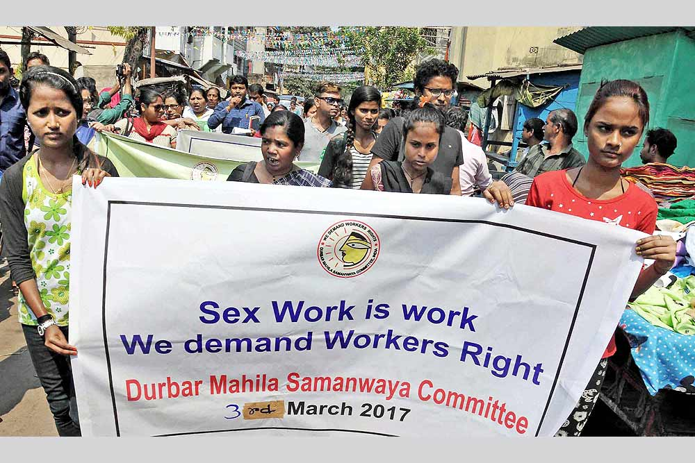Outlook India Photo Gallery - Sex Workers