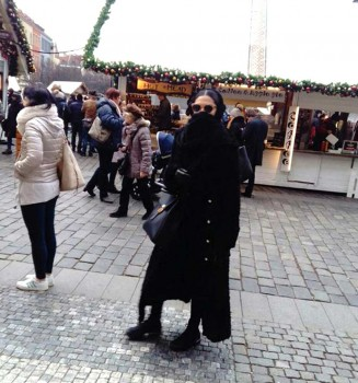 Cloaked On The  Ringstrasse