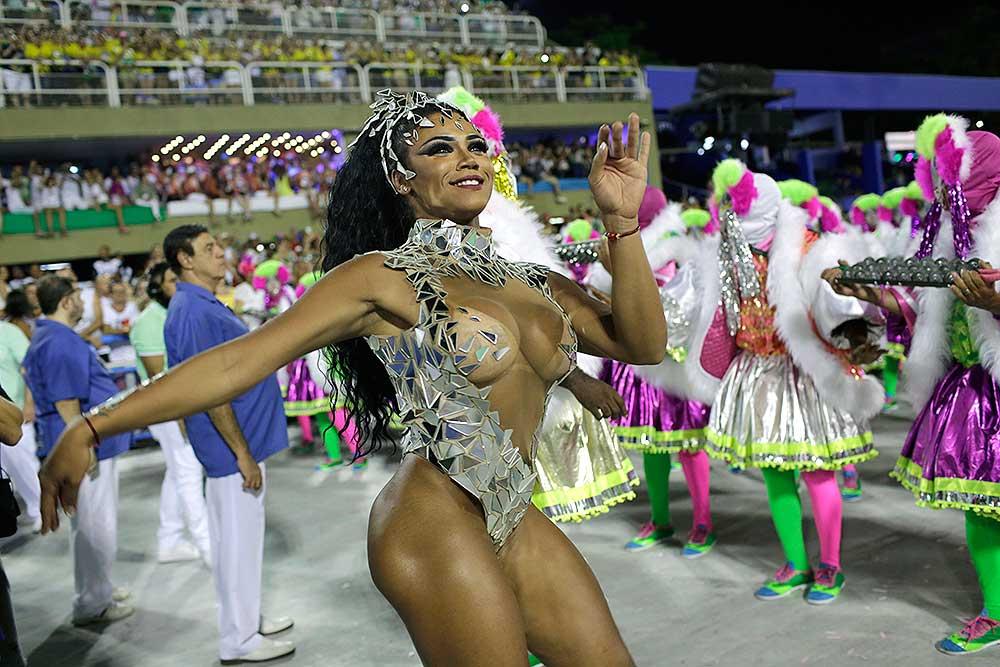 Rio carnival nude transsexual