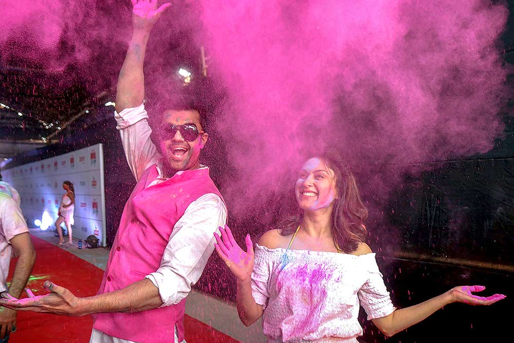 Outlook India Photo Gallery - Bollywood