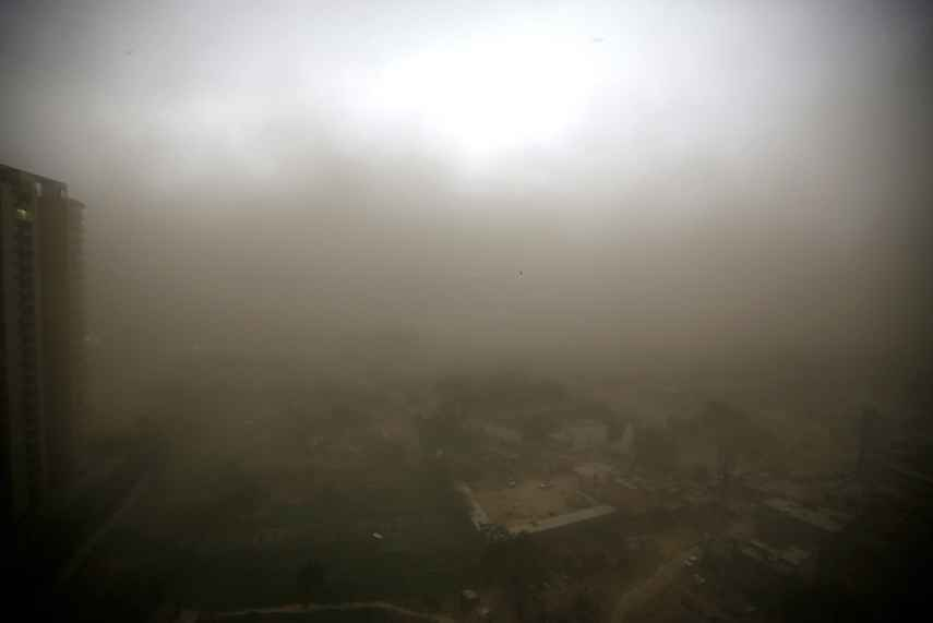Construction Halted In Delhi Due To Severe Dust Pollution