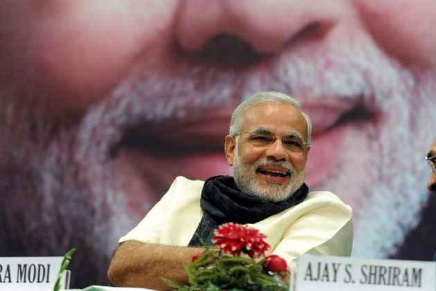 Narendra Modi: Pradhan Sevak Above All Else   By Nirmala Sitharaman