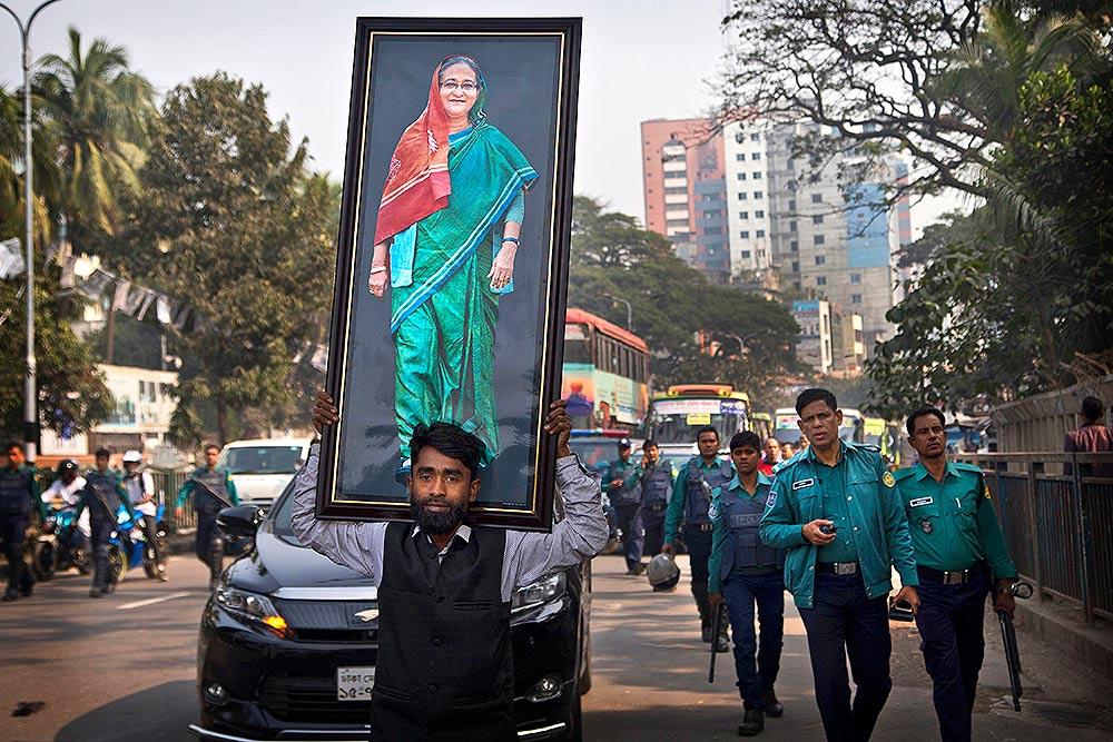 Outlook India Photo Gallery - Bangladesh