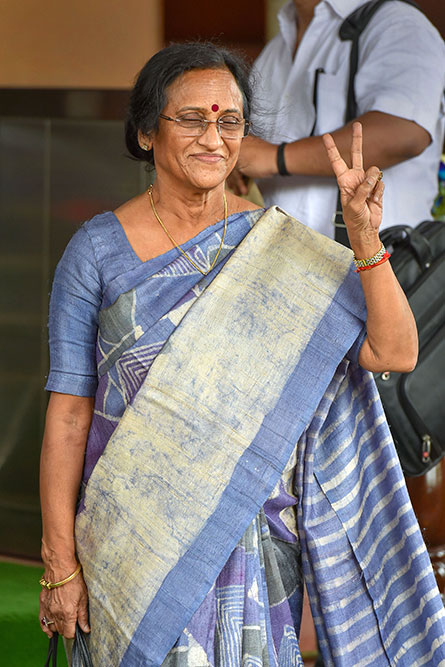 Outlook India Photo Gallery - Rita Bahuguna Joshi