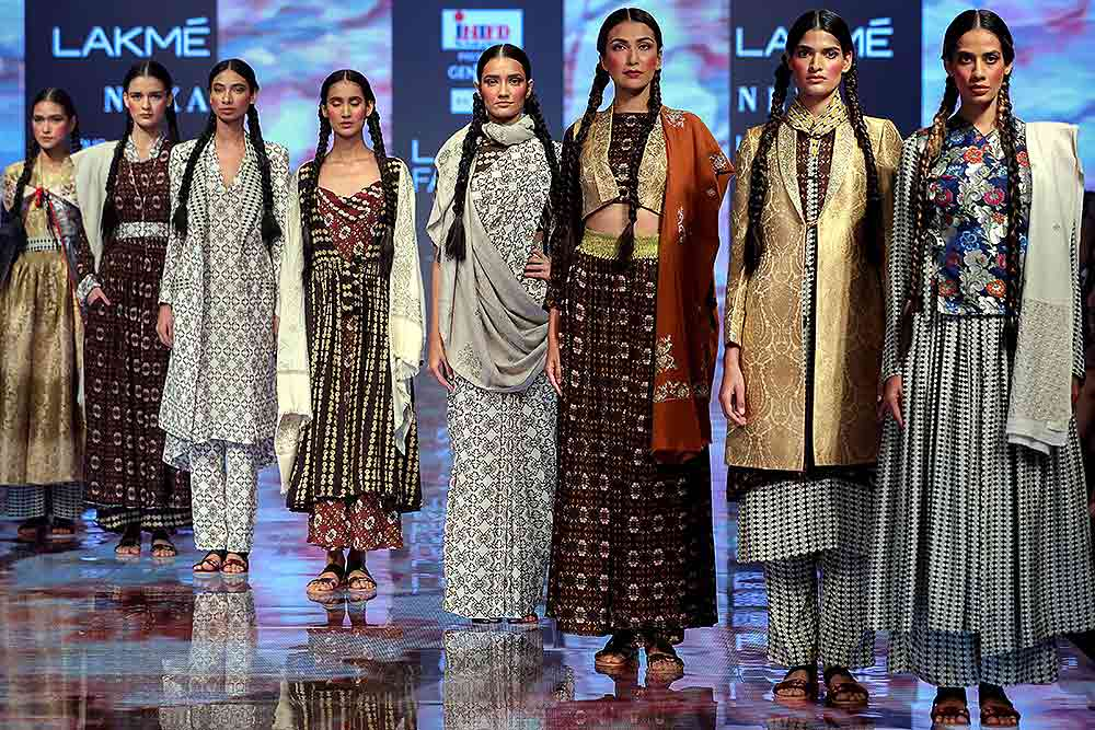 Outlook India Photo Gallery Lakme Fashion Week In Pics