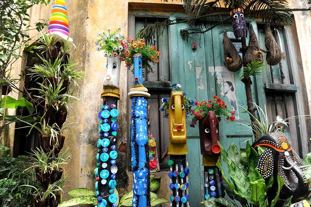 Outlook India Photo Gallery In Pics A Unique Garden In Kolkata