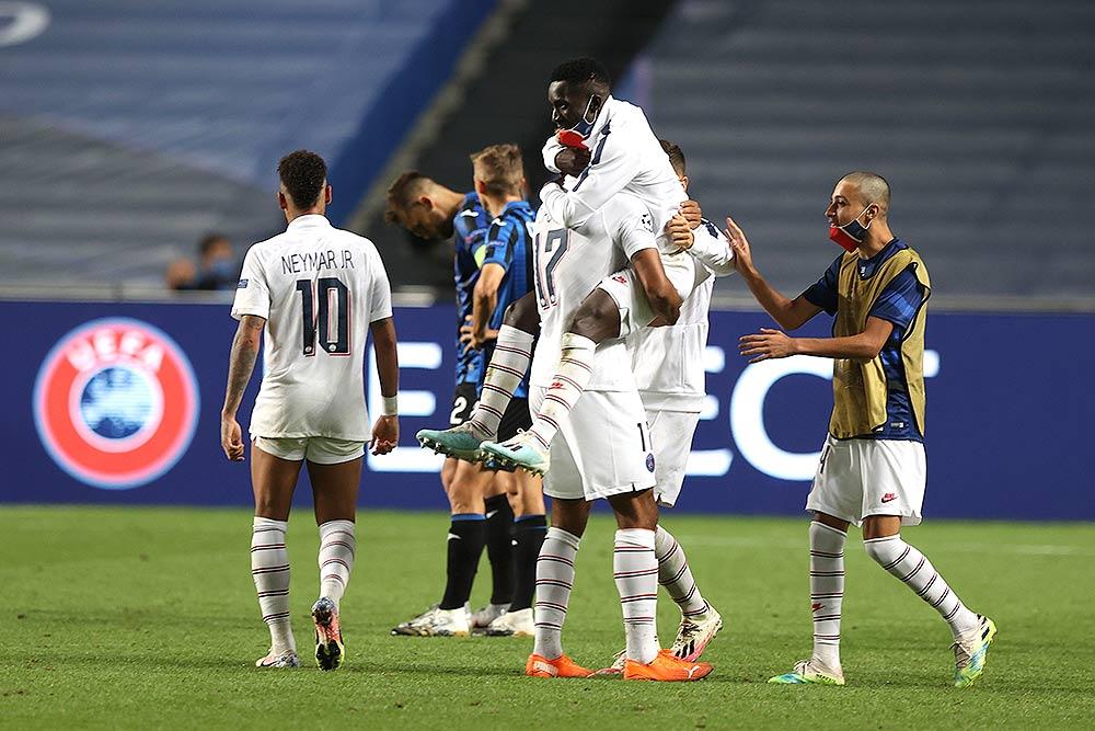 Outlook India Photo Gallery Paris Saint Germain Score Dramatic Winner Vs Atalanta To Book Champions League Semi Final Slot