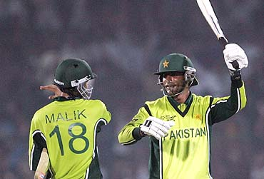 Gritty Pak Win Battle Of Nerves