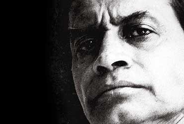 Literature: Buddhadev Bose