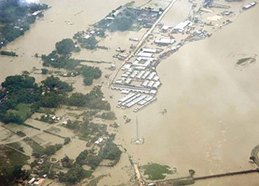 bihar flood essay You can get help by reading the flood situation in bihar: a pictorial essay the european union (eu) floods directive defines a flood as a covering by water of.