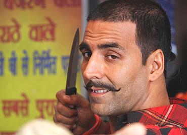 Bollywood, Rolling...