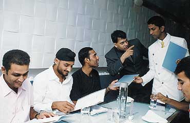 The Delhi-Mumbai Gazette