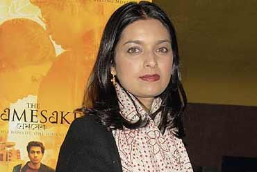 diasporic concerns in jhumpa lahiri s works Contemporary concerns and  for it is a collection of critical study on the works of indian diasporic  two on salman rushdie, five on jhumpa lahiri, two.