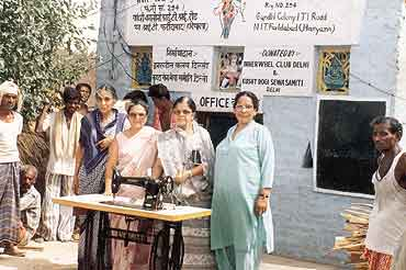 Pushy Khanna helps to make leprosy patients' lives a little better