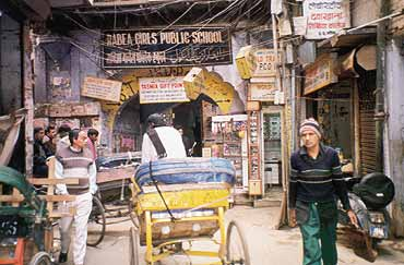 In Old Delhi, Rabea brings down some walls.