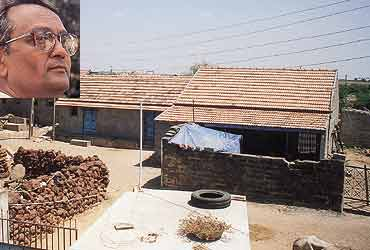 In Mandvi tehsil, even a quake can't keep the people down