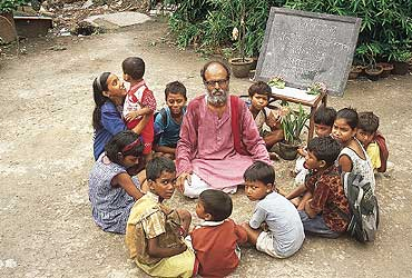 An experiment with grassroot education without the interfering system