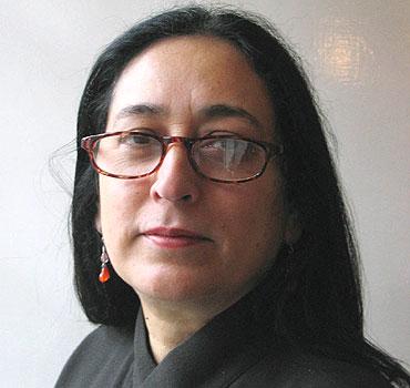 Nasreen Munni Kabir net worth salary