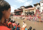 Devotees at Pashupatinath temple