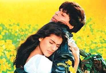 Romance Aaj Kal