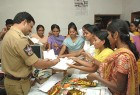Autograph please: SP Sajjanar is now a hero, college girls with bouquets at his office