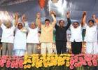 Tumkur, Mar 12: CPI's A.B. Bardhan, Deve Gowda, Prakash Karat, Chandrababu Naidu, BSP's S.C. Mishra, H.D. Kumaraswamy at the launch of the 'Third Front'