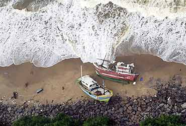 essays the causes of tsunami Abstract a tsunami is a set of ocean waves caused by any large, abrupt disturbance of the sea surface (noaa, 2007) a very large disturbance can cause local.