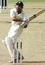 test vs aus 2004 in mumbai