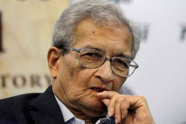 The Argumentative Indian: CBFC Formally Sends Notice To Director Seeking Cuts In Amartya Sen Film