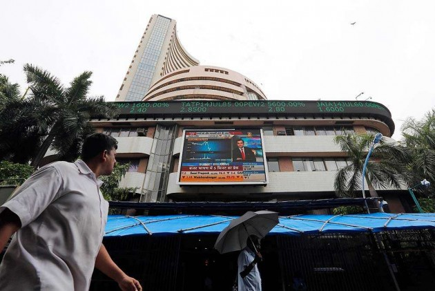 Sensex, Nifty Scale New Historic Peaks on Surging Fund Inflows