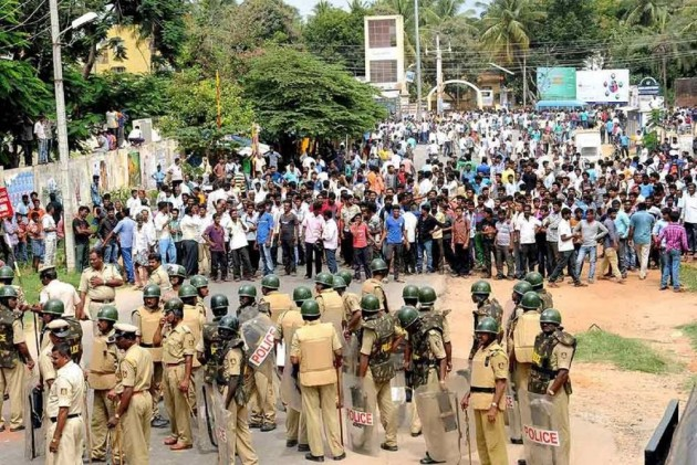 Telugu Actor Among 100 Detained Ahead Of Protest Demanding 'Special Category Status' To Andhra Pradesh