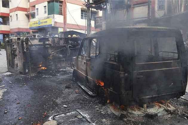 Darjeeling Unrest: Internet Suspended, Effigies Of CM Mamata Banerjee Burnt As GJM Activists Hold Protest March