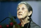 Nadine Gordimer, Novelist Who Took On Apartheid, Dies at 90