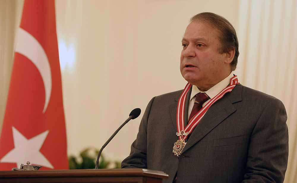 Sharif Refuses to Resign or Go on Leave