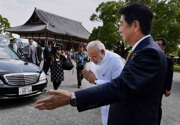 Chinese Daily Accuses Abe of Dividing China, India