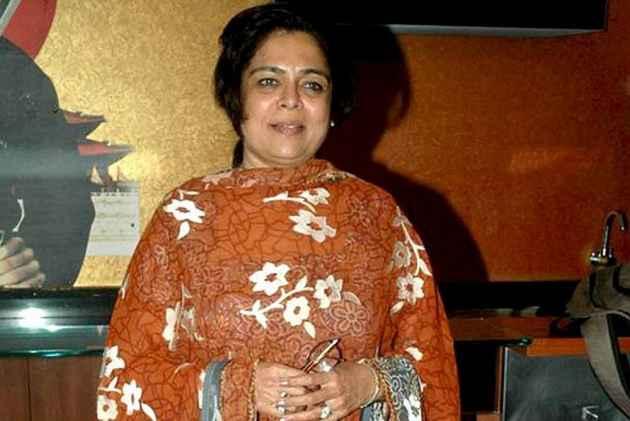 Veteran Actress Reema Lagoo Dies At 59