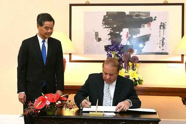CE meets Prime Minister of Pakistan