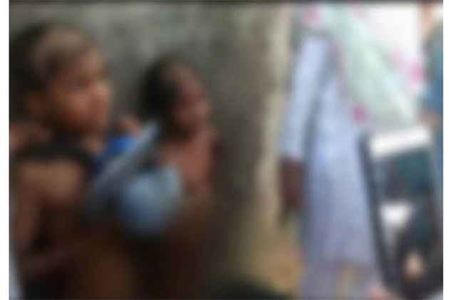 Maharashtra: 2 minors stripped, garlanded with slippers, paraded for stealing