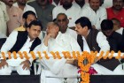 Patch Up On The Cards? Akhilesh Meets Mulayam Amidst Power Struggle