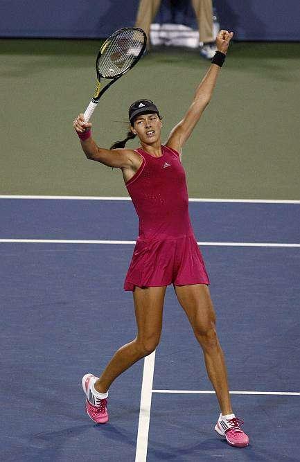 Cincinnati Women: Ivanovic Ousts Sharapova in Three-Set Thriller