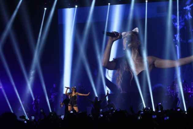 Ariana Grande to Perform Benefit Concert for Attack Victims in Manchester