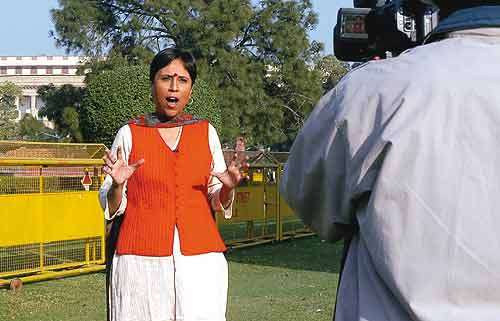 life and contribution of barkha dutt Some lesser known facts about barkha dutt does barkha dutt smoke: not  known does barkha dutt drink alcohol: not known her father, s p dutt, was.