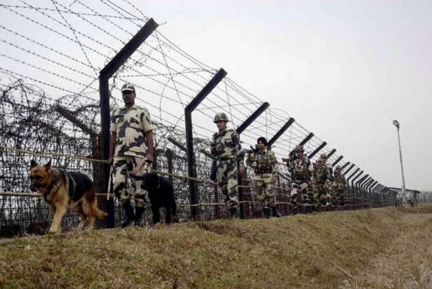 Two Indians killed in Kashmir border firing
