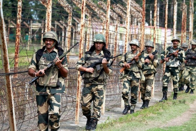 Pakistan Troops Killed 3 Indian Soldiers and Mutilated One Body