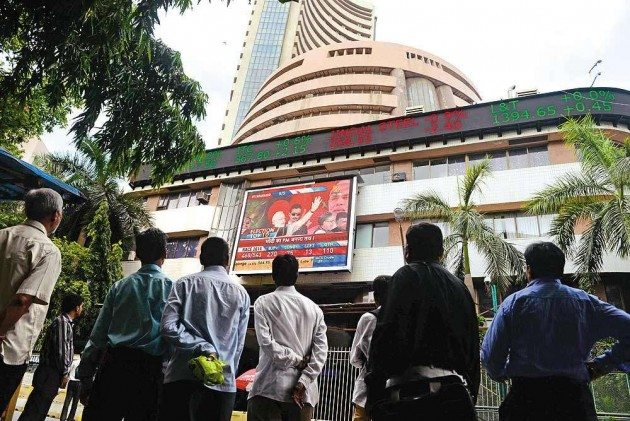 Sensex Ends Above 25K Mark for First Time, Nifty at New High