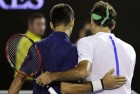 Australian Open: Djokovic Sees Off Federer Fight-Back to Reach Final